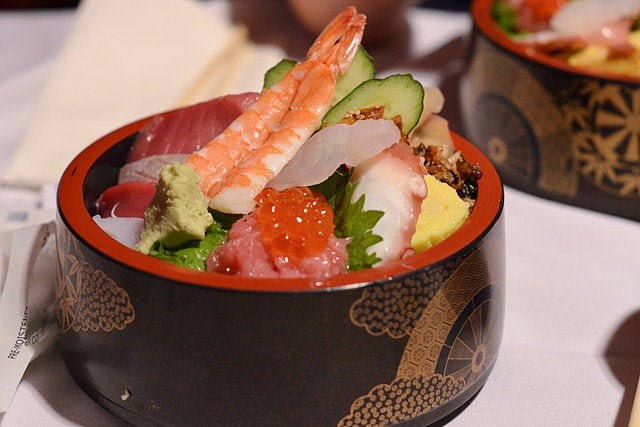 Chirashi bowl at Sushi Gen